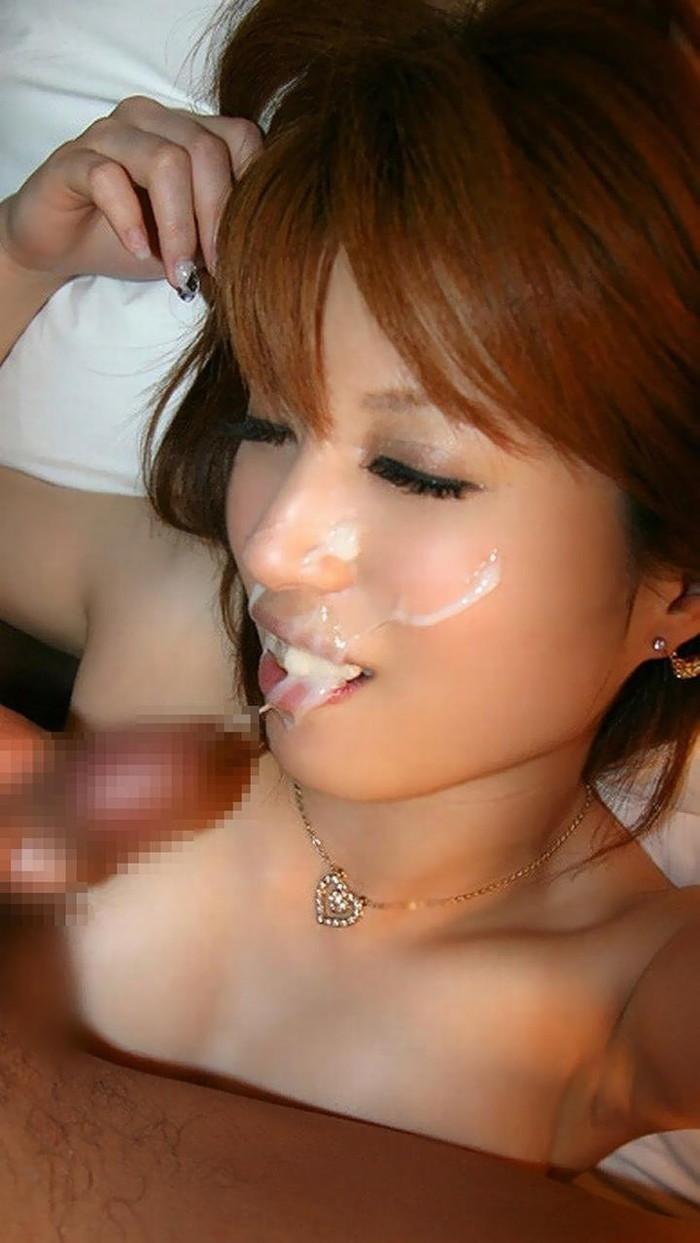 【顔射エロ画像】女の子の顔がザーメンまみれ!顔射好きのやつ、寄って来い! 06