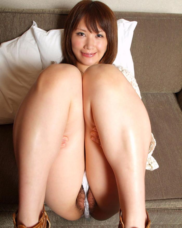 【ハミマンエロ画像】パンティーから見乱した股間の肉!?これはアウトなのか?w 15
