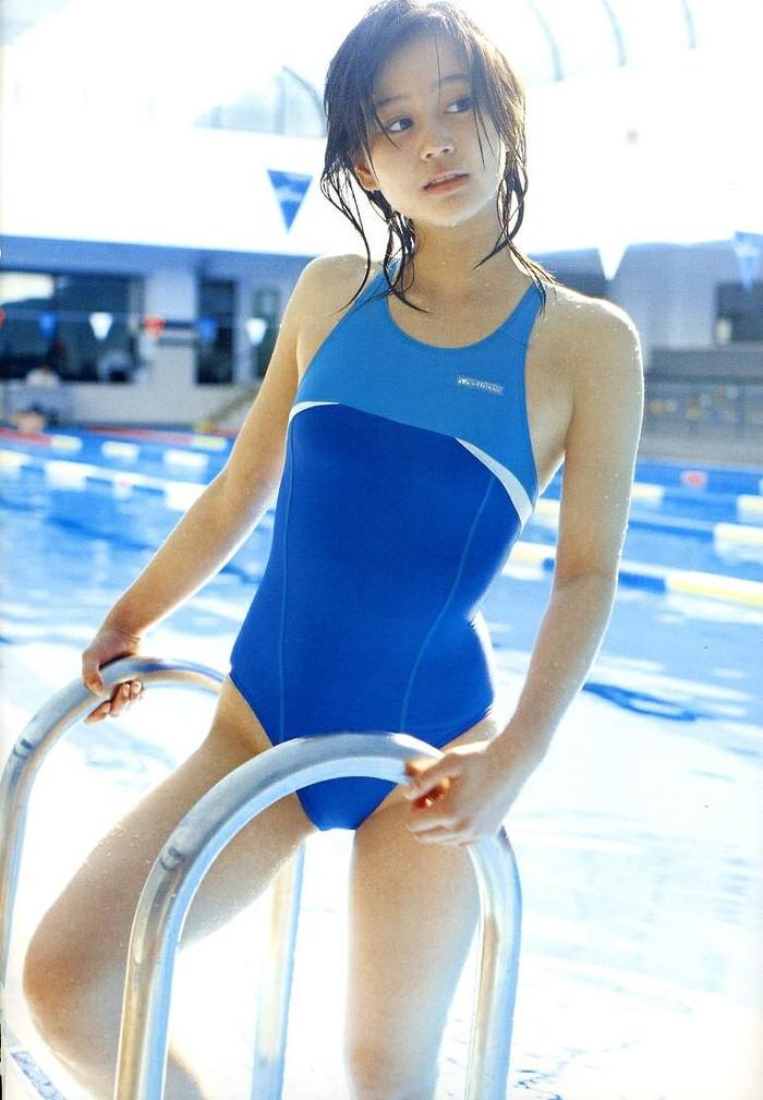 【競泳水着エロ画像】インナー無しの競泳水着って卑猥って言葉がぴったりだなwww 04