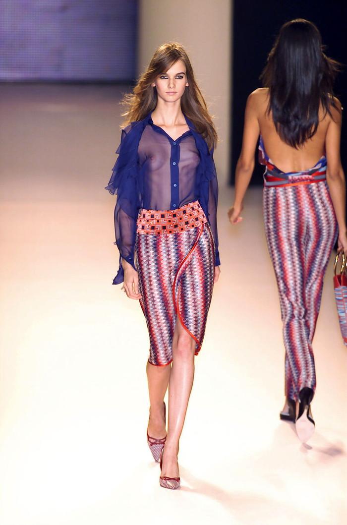 【ファッションショーエロ画像】これがファッションショー?まるでストリップwwww 21
