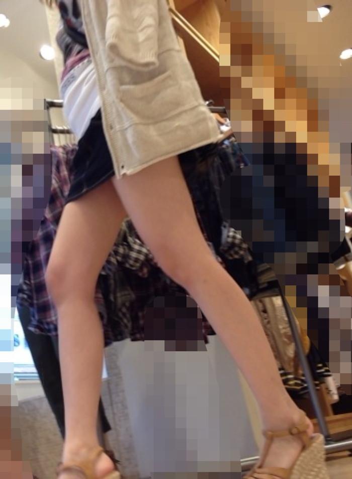 【美脚エロ画像】街中で見かけた美脚なおねーさんを隠し撮りしてみた結果! 12