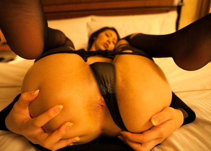 【アナルエロ画像】オマンコよりも恥ずかしいアナルを見せ付ける女ってエロッ! 07