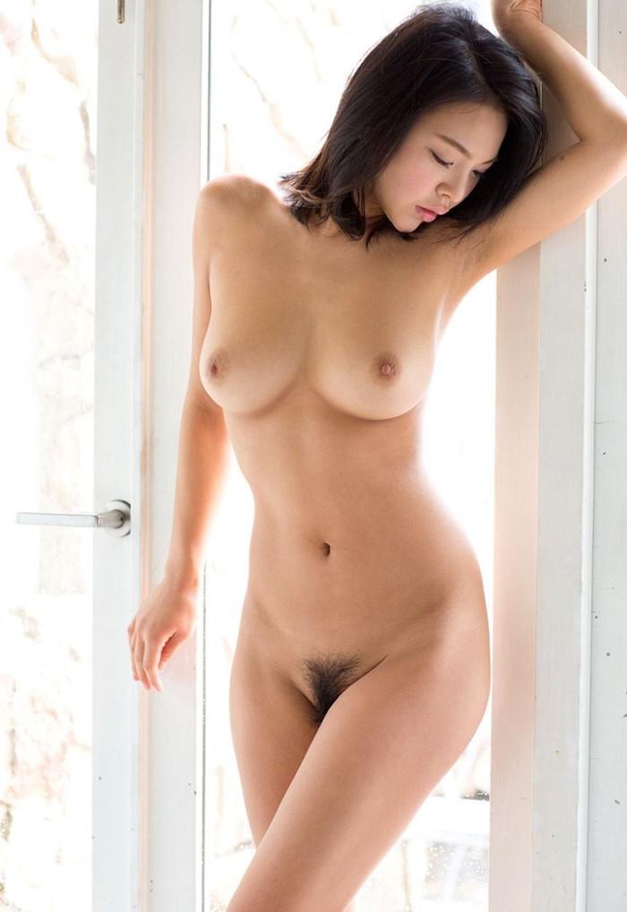 【フルヌードエロ画像】やっぱり最高!女の子の全裸にかなう物無し!?wwww 09