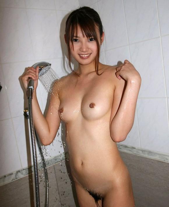【シャワーエロ画像】女の子のシャワーシーンの画像集めてみたら勃起した!w 11
