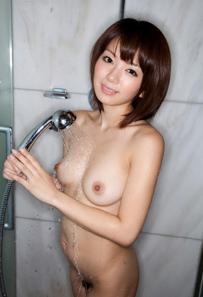 【シャワーエロ画像】女の子のシャワーシーンの画像集めてみたら勃起した!w 18