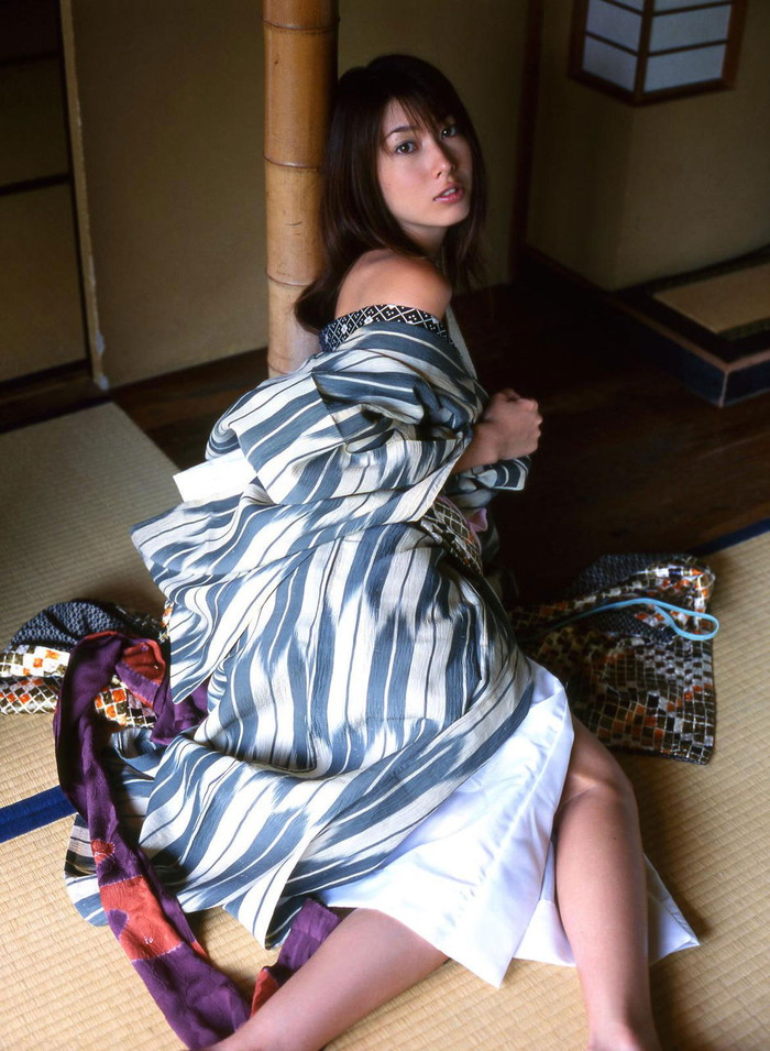 【和服エロ画像】正月気分の抜けないヤツ、こんな画像、最高だろ!?wwww 07