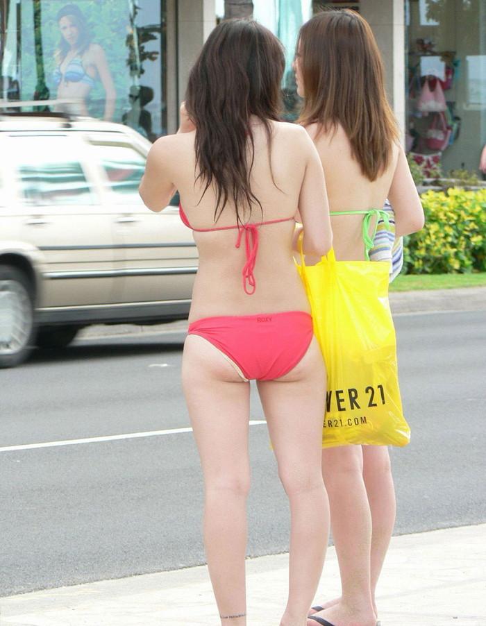【素人水着エロ画像】生々しい水着姿に思わず勃起した素人の女の子たちの水着姿! 16