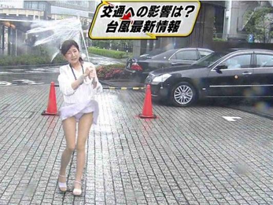 【放送事故エロ画像】ガチでテレビに写り込んだ放送事故のシーンがエロすぎて草w 12