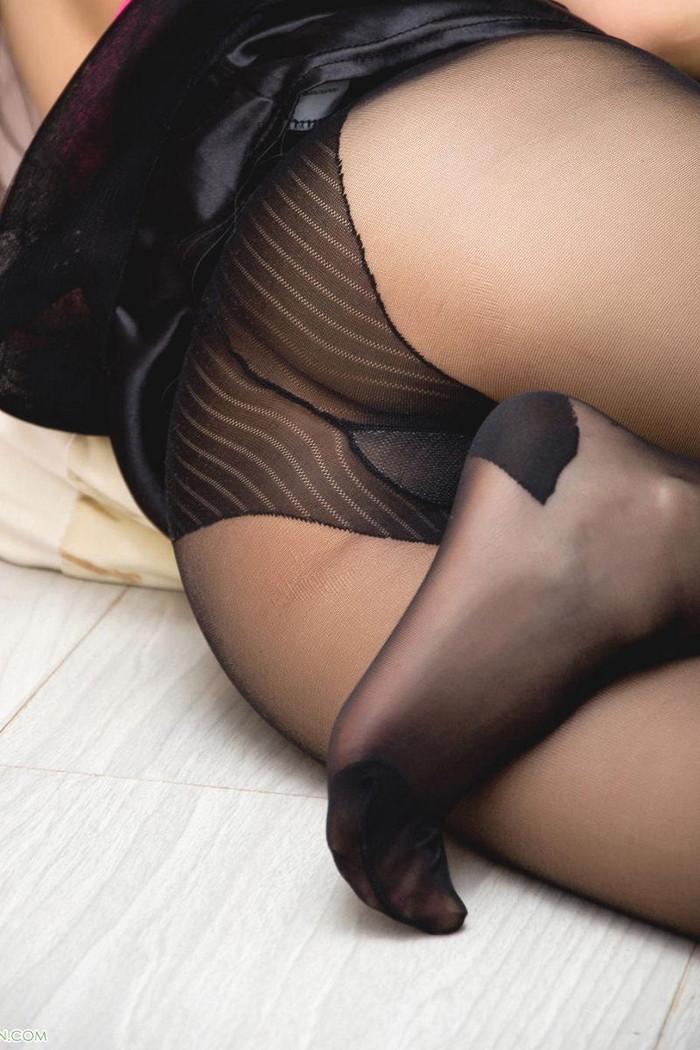 【ノーパンストッキングエロ画像】オマンコの上に直接パンスト履いちゃうパンスト直履き! 29