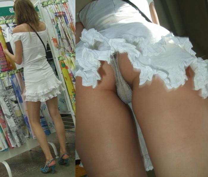 【逆さ撮りエロ画像】スカートの中身を直下の角度が盗み撮りしてみた結果www 16