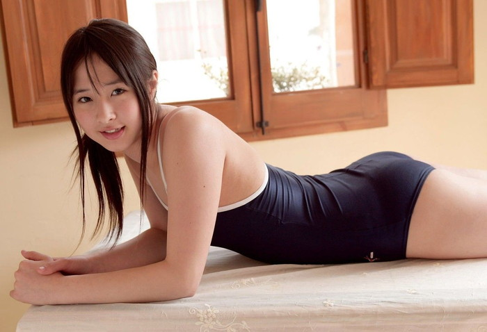 【スク水エロ画像】マニアックだけどどこかソソるスクール水着の女の子! 08
