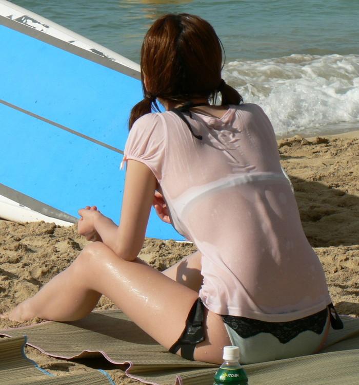 【素人水着エロ画像】生々しくて勃起した!素人娘たちの下着同然の水着姿! 06