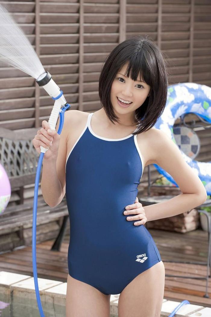 【スク水エロ画像】おまいら!スクール水着ってマニアックだけど、そこがいいんだろ!? 15