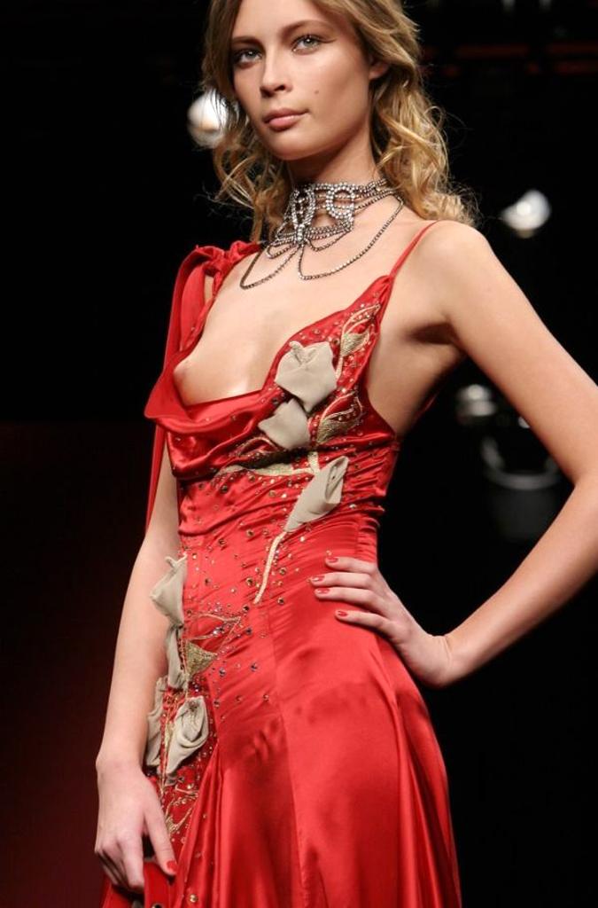 【ファッションショーエロ画像】朗報!世界のファッションショーはこんなにエロかったwww 04