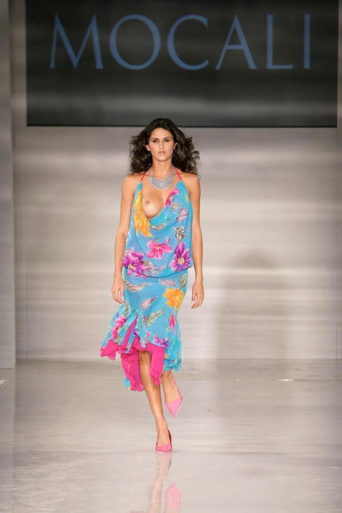【ファッションショーエロ画像】朗報!世界のファッションショーはこんなにエロかったwww 11