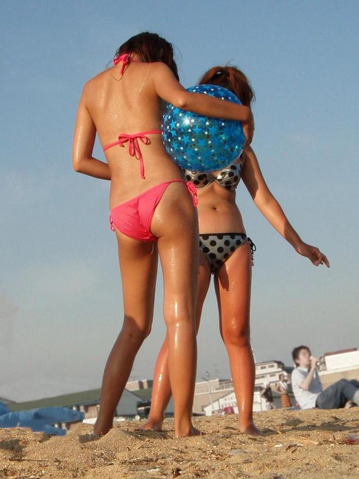 【素人水着エロ画像】時期はずれに素人娘たちの水着姿ってやたらとエロい感じがしない? 29