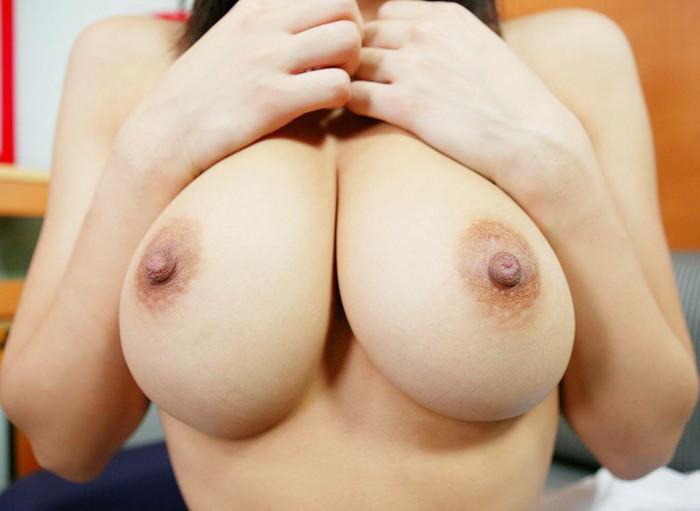 【巨乳エロ画像】おっぱいと言ったら巨乳一択だろ!?っていうやつ寄って来い! 25