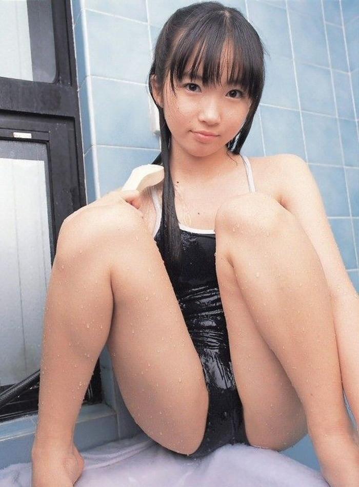【スク水エロ画像】スクール水着を着たフレッシュな女の子たちの微エロな魅力! 07