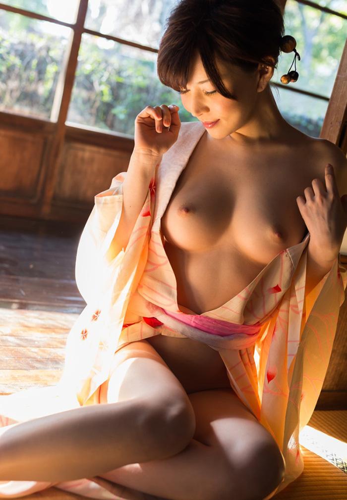 【和服エロ画像】和服姿の女の子が放つエロスって最高に興奮するよなwww 08