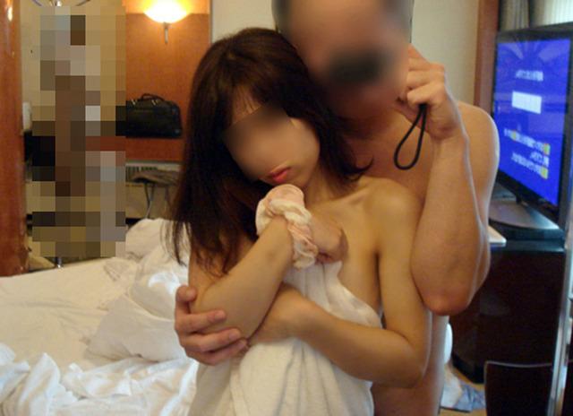 【カップル鏡撮りエロ画像】鏡を利用したカップルたちのセックス撮影! 05