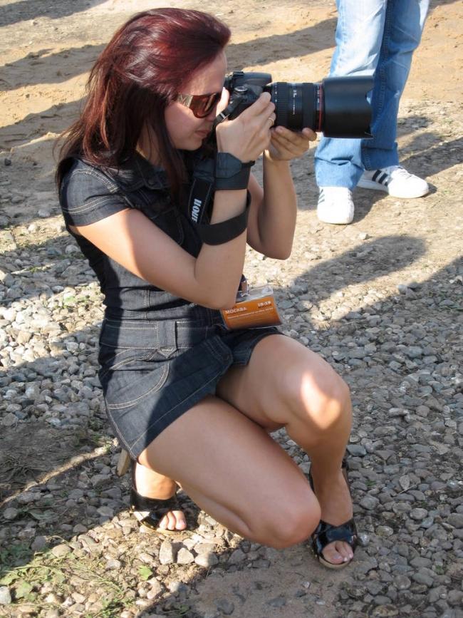 【海外パンチラエロ画像】海外女子たちのふとした瞬間のパンチラ画像集めたったぜw 15