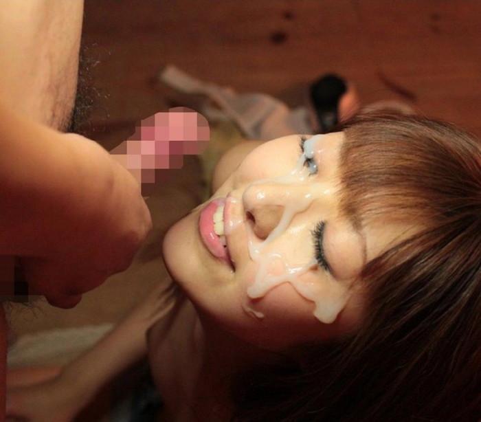 【顔射エロ画像】女の子の顔が男の欲望の汁まみれの顔射画像がエロ杉!wwww 05