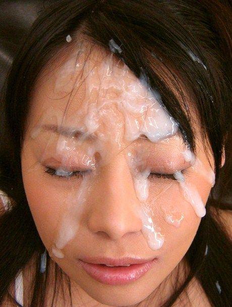 【顔射エロ画像】女の子の顔が男の欲望の汁まみれの顔射画像がエロ杉!wwww 13