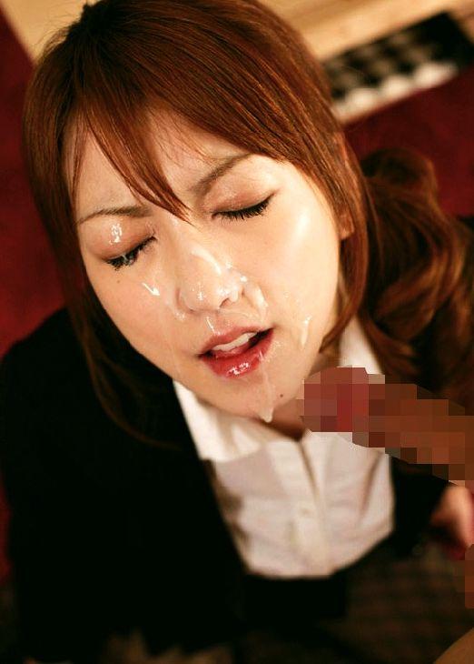 【顔射エロ画像】女の子の顔に男の欲望の汁がたっぷりトッピング!wwww 24