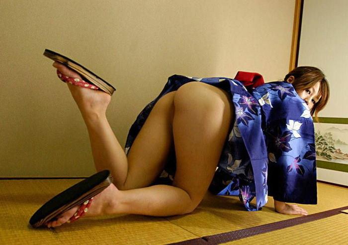 【和服エロ画像】こんな画像みて美しい!と思える時って日本人で良かったと思うw 17