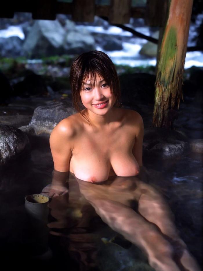 【入浴エロ画像】お風呂に入っている女の子たちの画像集めたったぜ!www 26