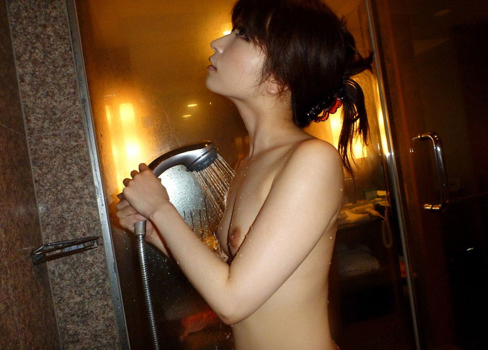 【シャワーエロ画像】寒い日にはこんな女の子たちと一緒にお風呂…最高だよなw 15