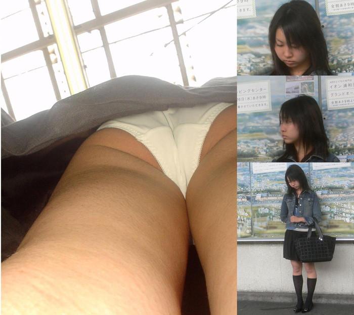 【逆さ撮りエロ画像】パンチラ回避絶対不可能な角度から素人の女の子の股間を狙い撃ち! 25