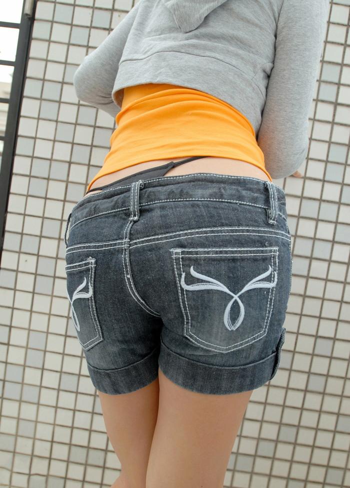 【ホットパンツエロ画像】街中でこんなホットパンツの女の子見かけたら着いて行きたくなるよなw 23