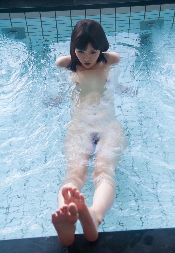 【入浴エロ画像】お風呂でくつろぐ女の子、一度くらいは覗いてみたいと思うのは男の性!? 27